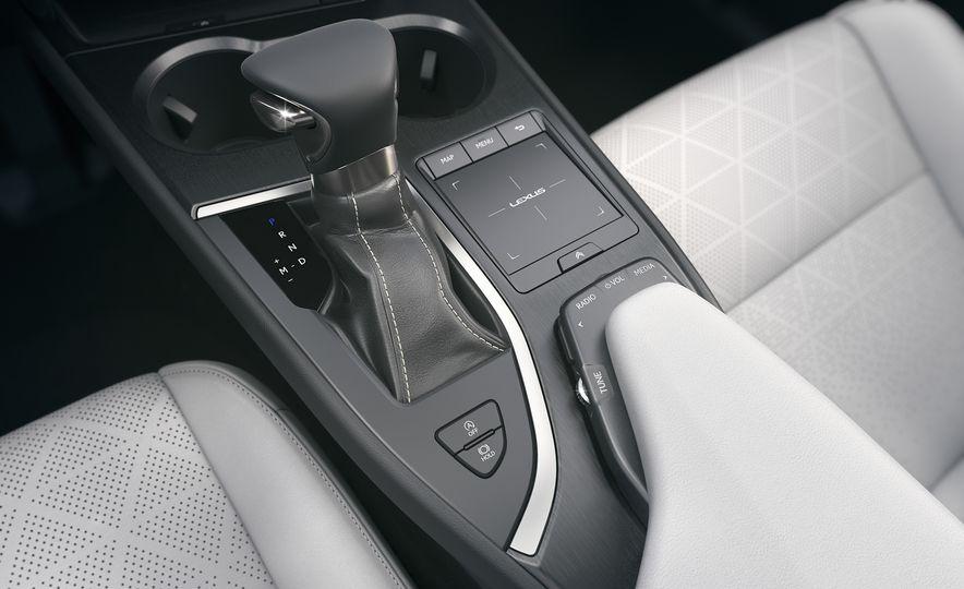 2019 Lexus UX - Slide 75