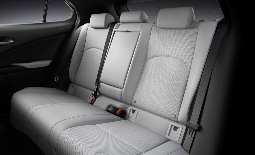 2019 Lexus UX - Slide 79