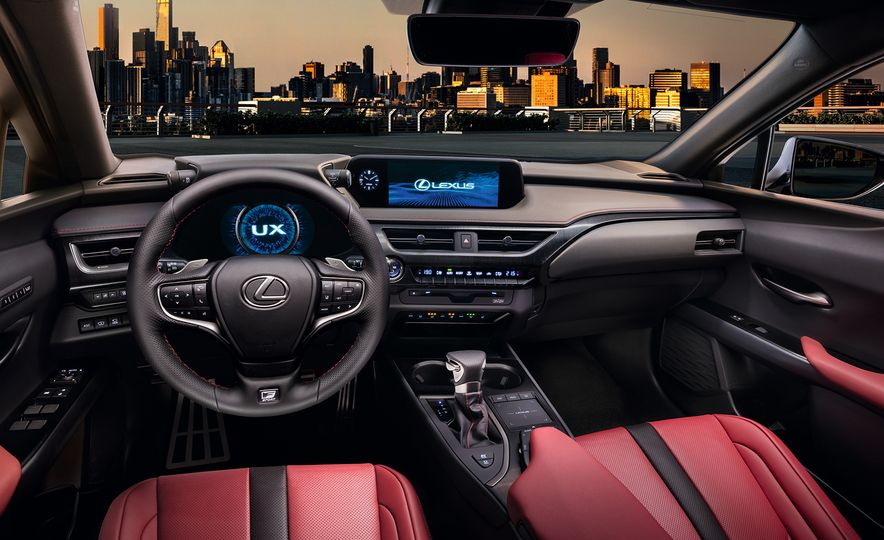 2019 Lexus UX - Slide 29