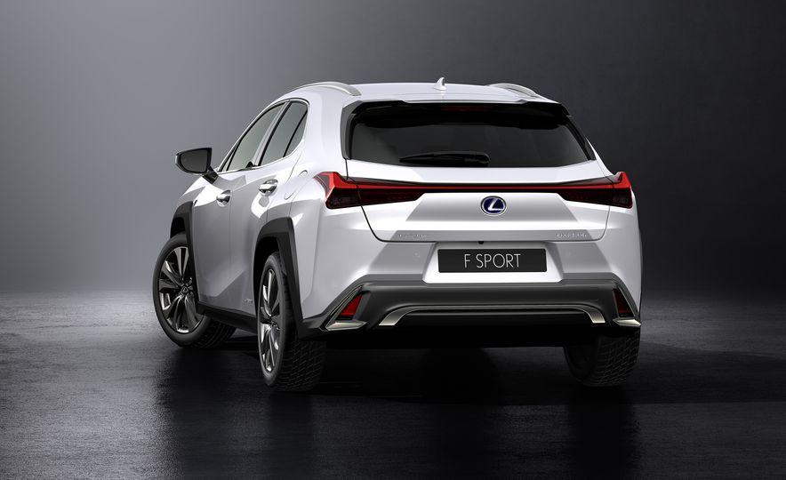2019 Lexus UX - Slide 33