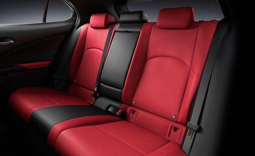 2019 Lexus UX - Slide 54