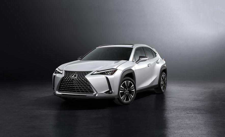 2019 Lexus UX - Slide 1