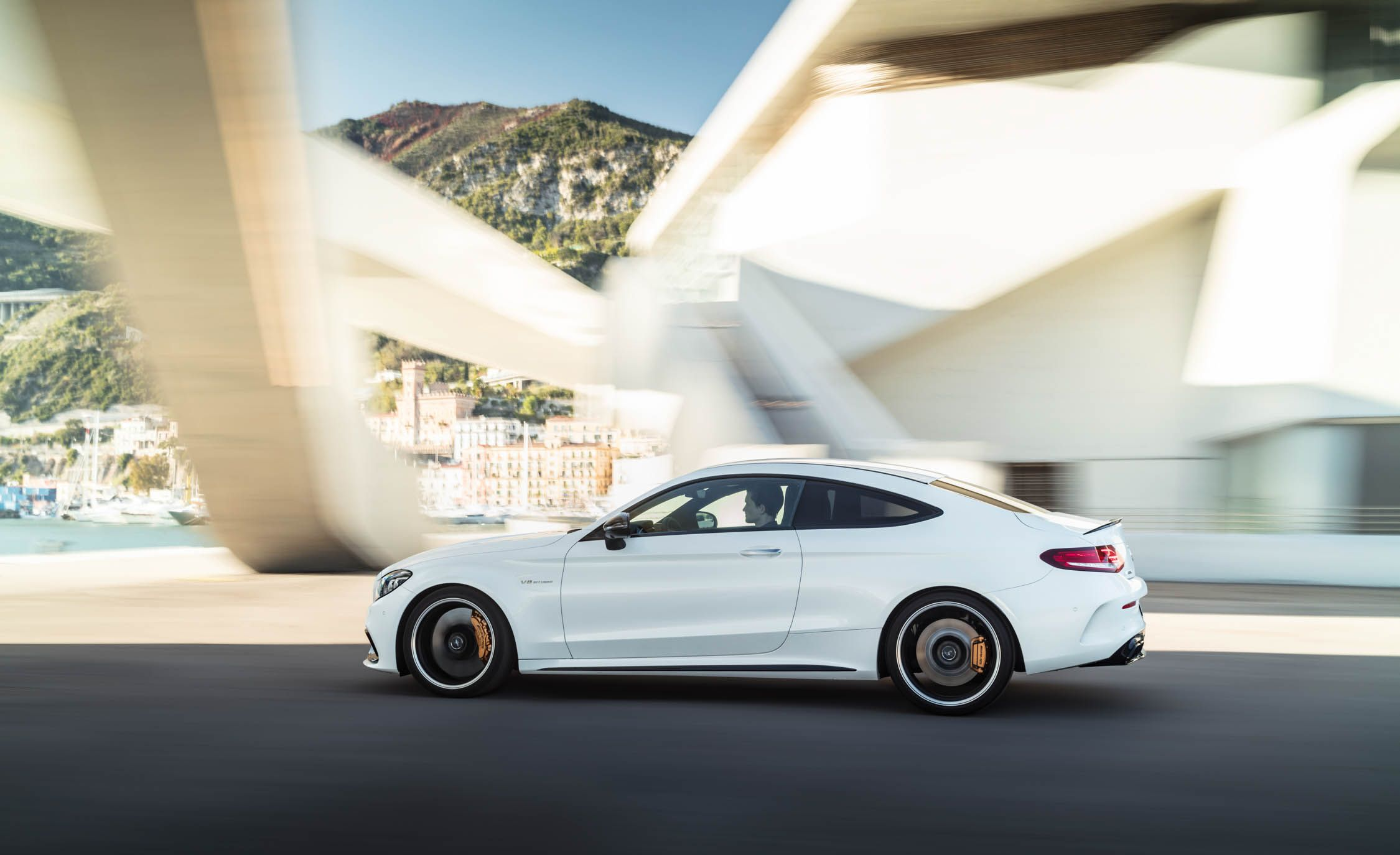2019 Mercedes-AMG C 63 S coupe Photo Gallery
