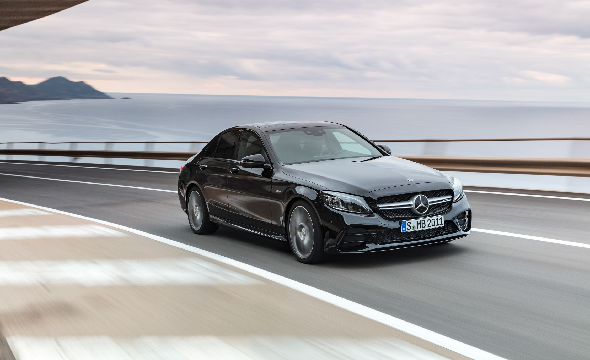 Mercedes AMG C43 Reviews