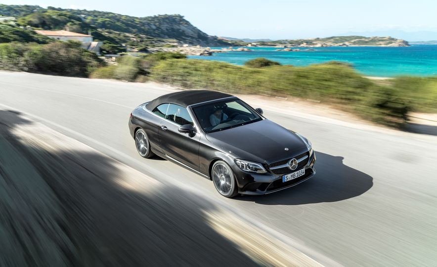 2019 Mercedes-AMG C43 coupe 4Matic - Slide 32