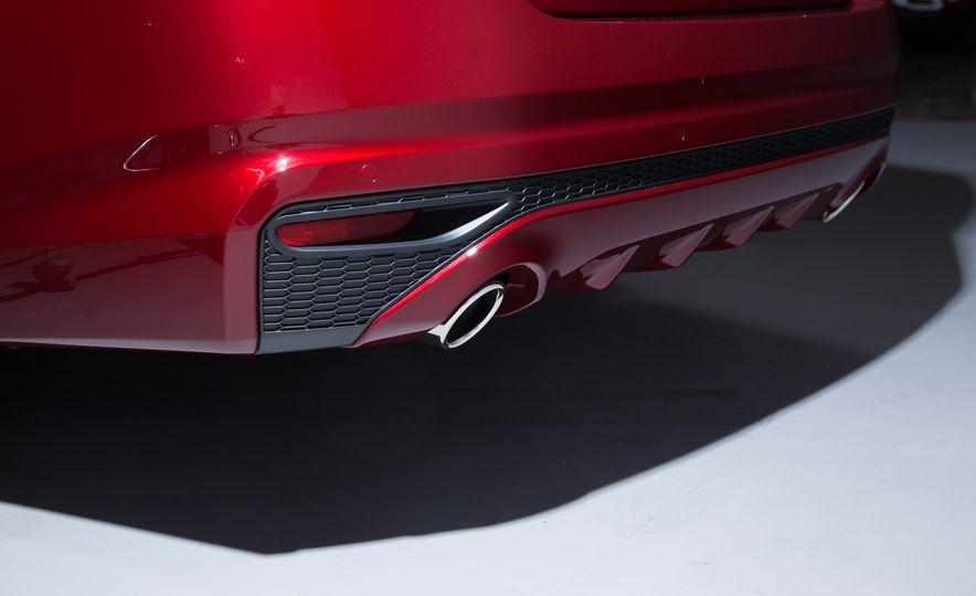 2019 Nissan Altima - Slide 12