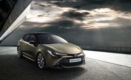 New Toyota Auris for Europe Previews Upcoming Corolla Hatchback for America