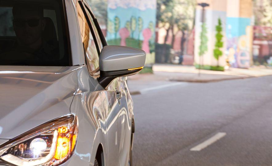 2019 Toyota Yaris sedan - Slide 4