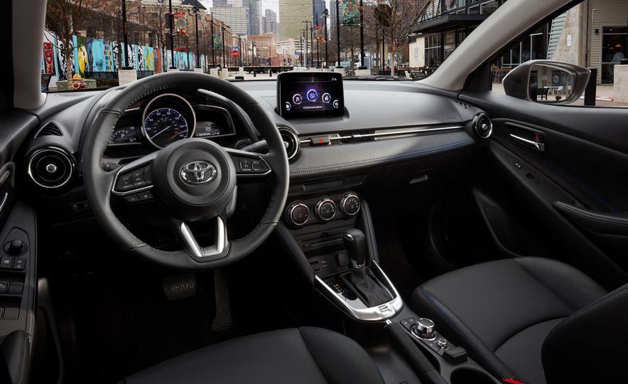 2019 Toyota Yaris sedan - Slide 6