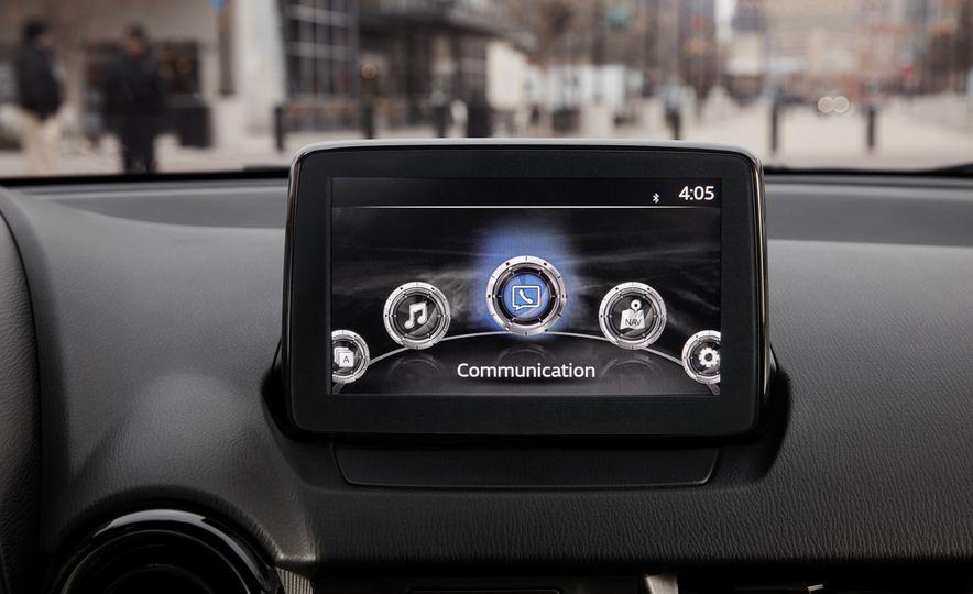 2019 Toyota Yaris sedan - Slide 7