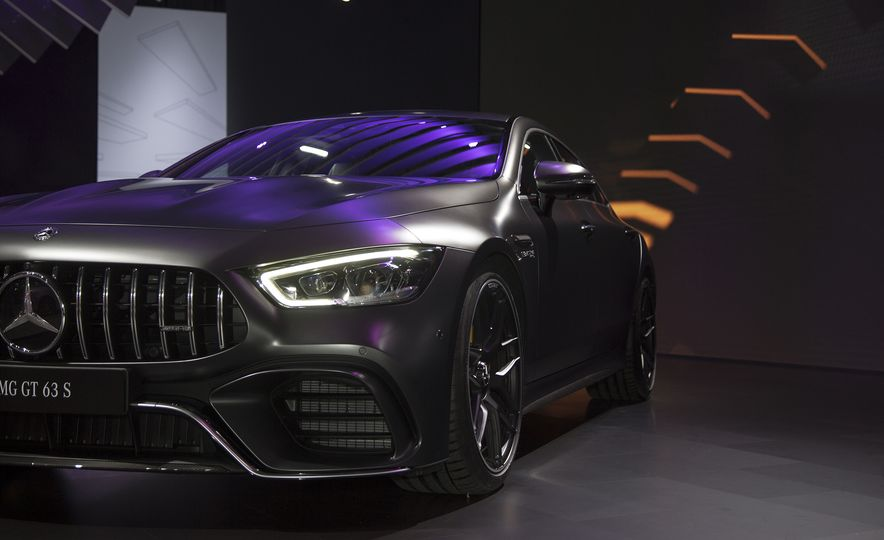 The 11 Coolest Design Details at the 2018 New York Auto Show - Slide 8