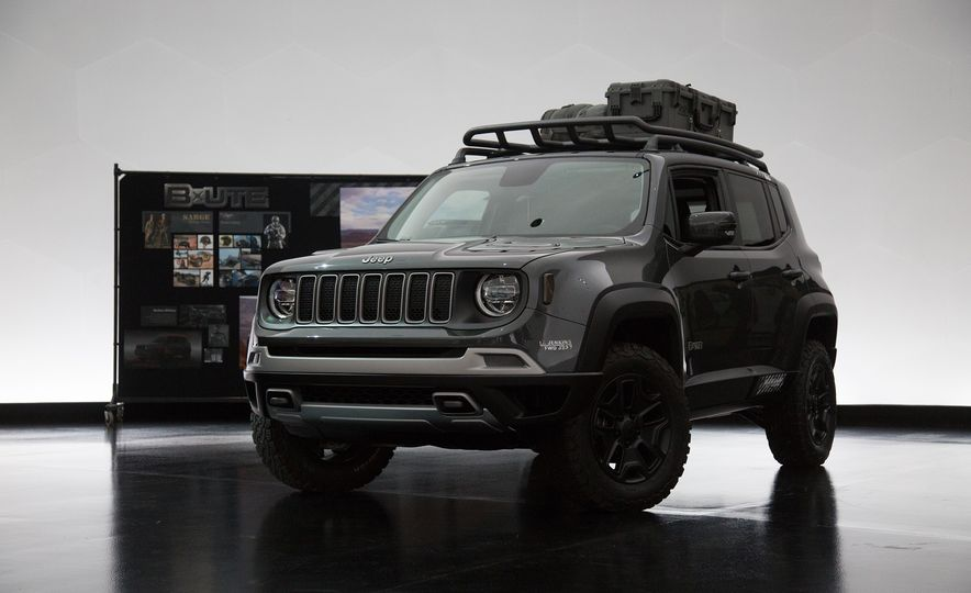 Jeep's New Easter Safari Concepts: Desert Racer, Remixed Wagoneer, and More! - Slide 2