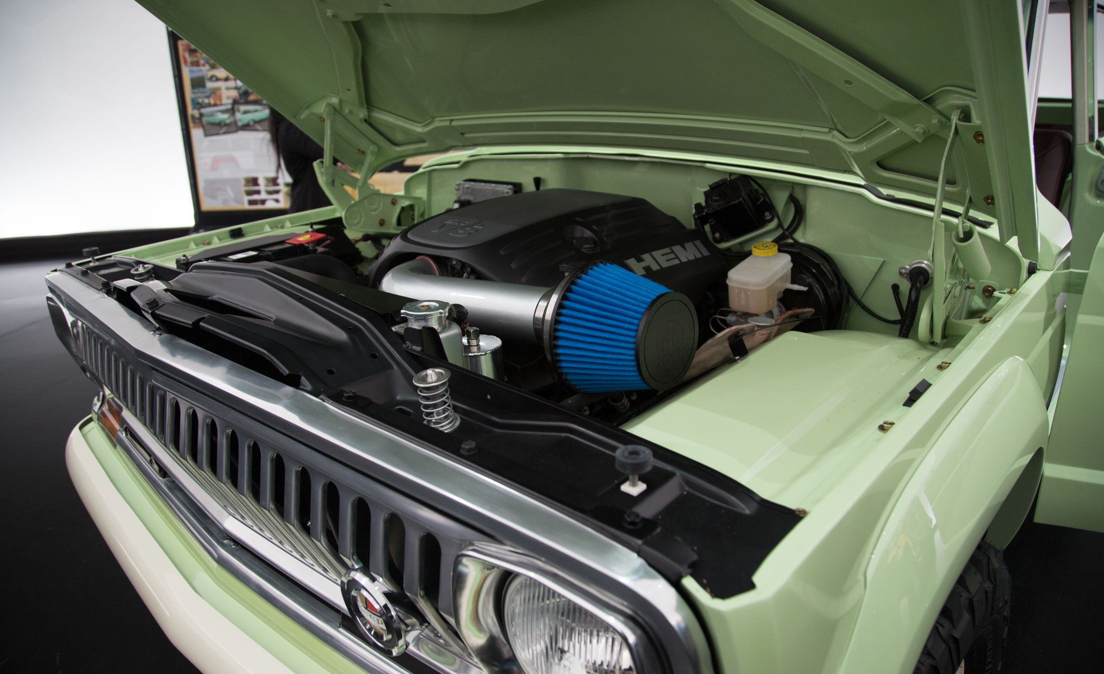 Jeep Debuts Wagoneer Roadtrip At Easter Jeep Safari News Car And