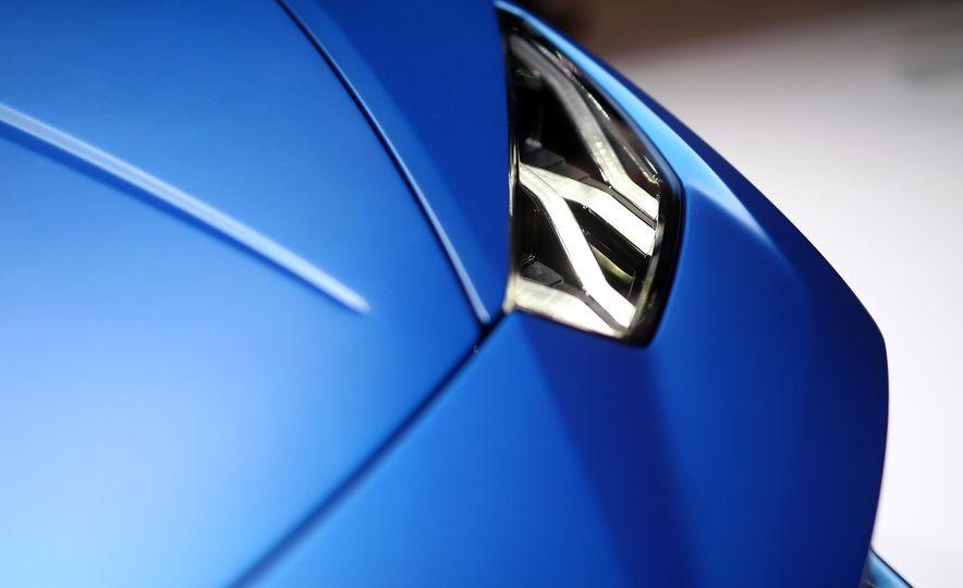 2019 Lamborghini Huracan Performante Spyder - Slide 12