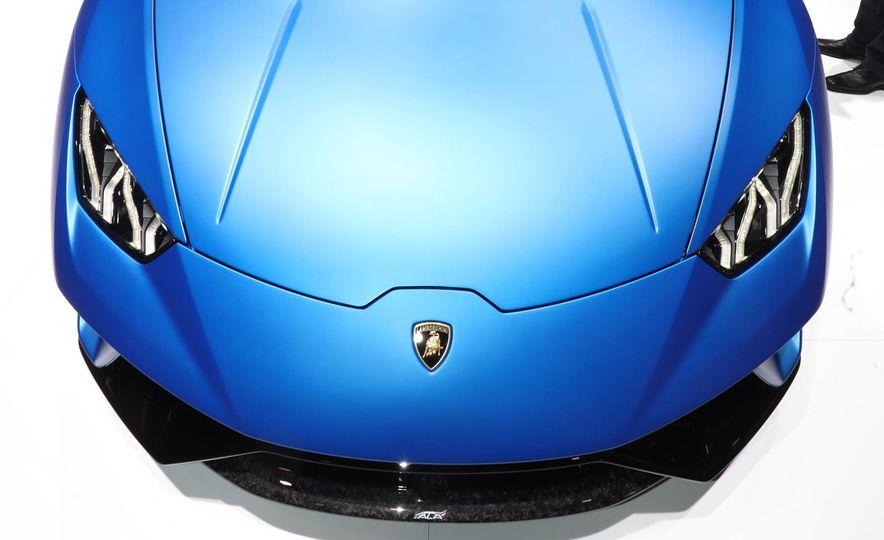 2019 Lamborghini Huracan Performante Spyder - Slide 13