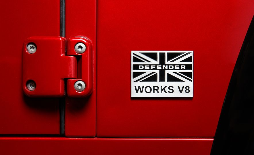Land Rover Defender Works V8 - Slide 8