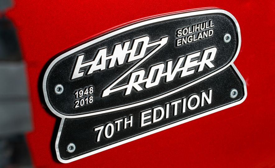 Land Rover Defender Works V8 - Slide 9