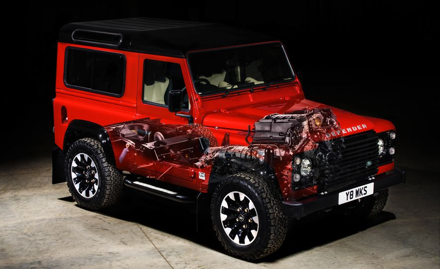 Land Rover Defender Works V8 - Slide 16