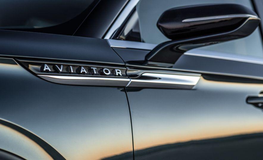 2020 Lincoln Aviator (spy shot) - Slide 35