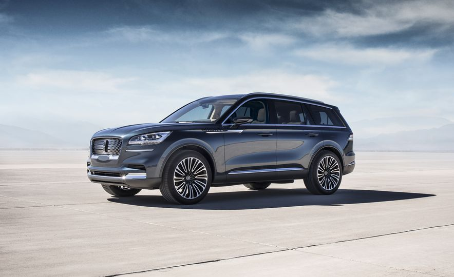 Lincoln Aviator concept - Slide 1