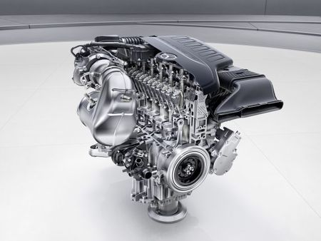 Nine Things You Must Know about the New Mercedes Inline-Six
