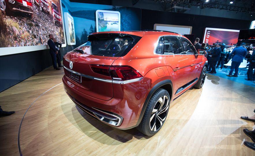 Volkswagen Atlas Cross Sport concept - Slide 4