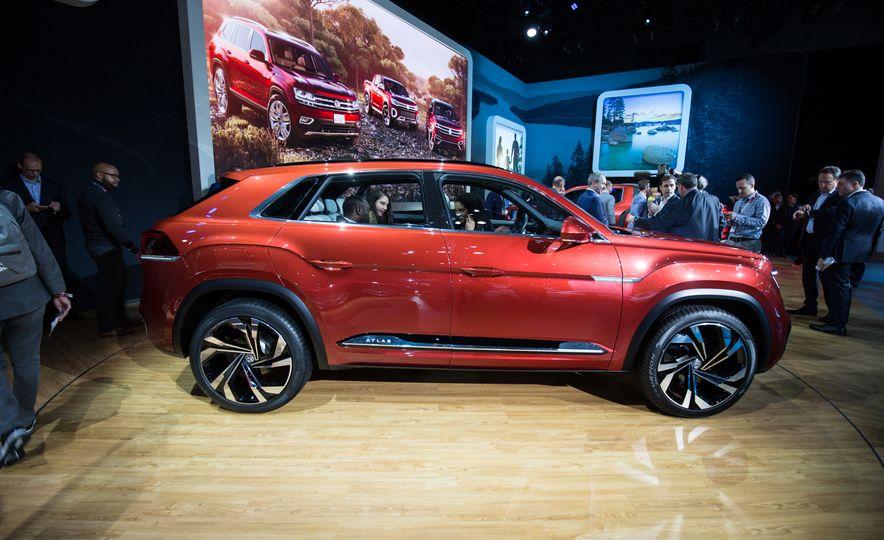 Volkswagen Atlas Cross Sport concept - Slide 5
