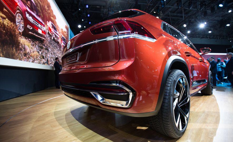 Volkswagen Atlas Cross Sport concept - Slide 8