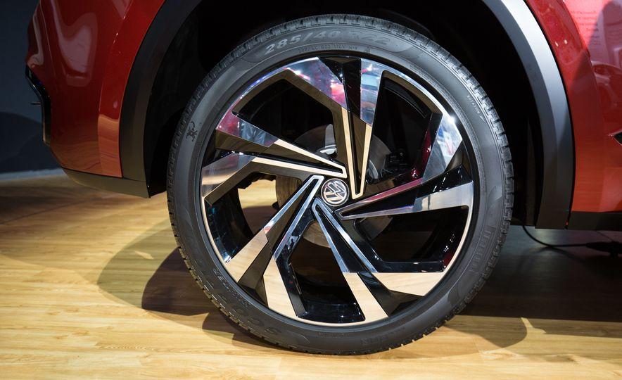 Volkswagen Atlas Cross Sport concept - Slide 10