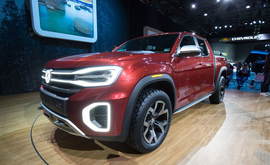 The 12 Must-See Highlights from the 2018 New York Auto Show - Slide 13