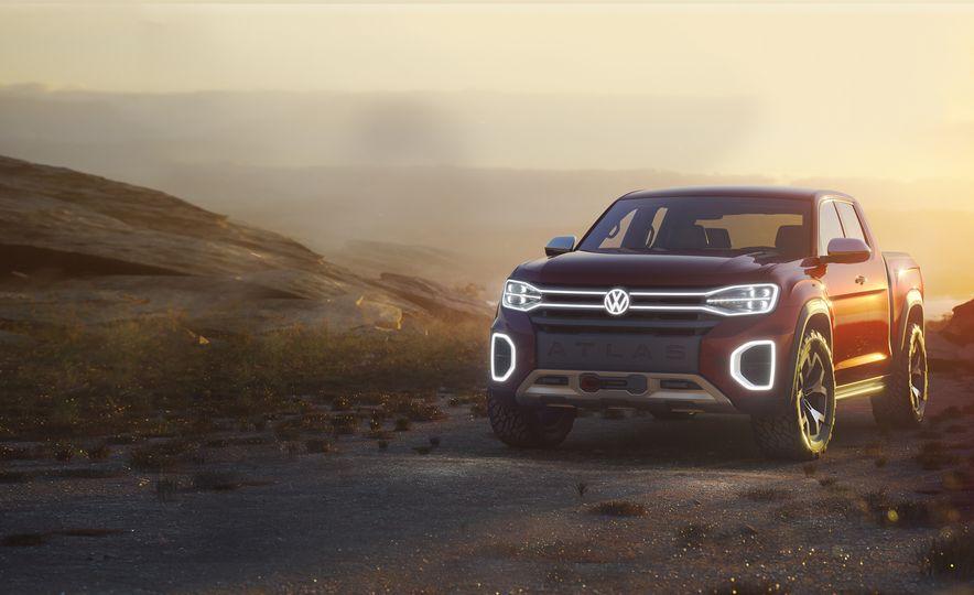 Volkswagen Atlas Tanoak pickup concept - Slide 1