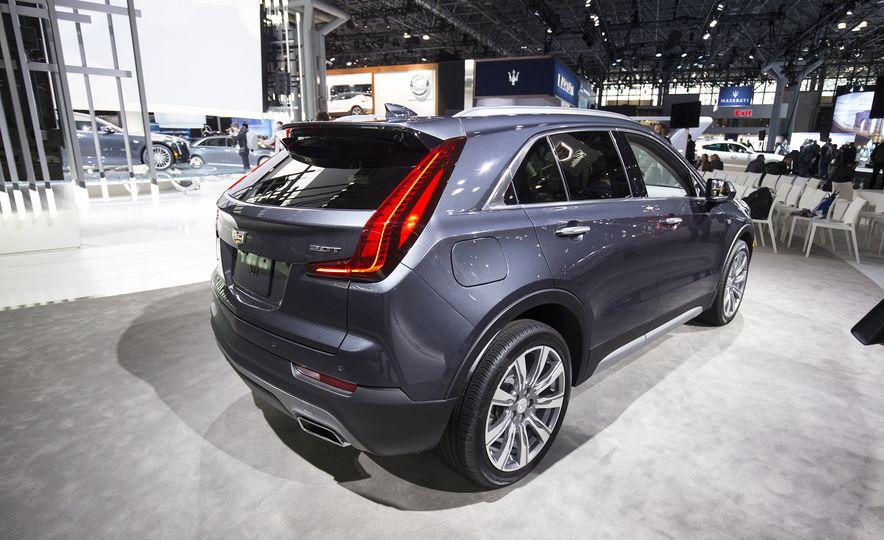 2019 Cadillac XT4 - Slide 4