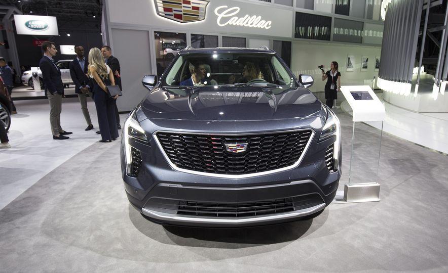 2019 Cadillac XT4 - Slide 2