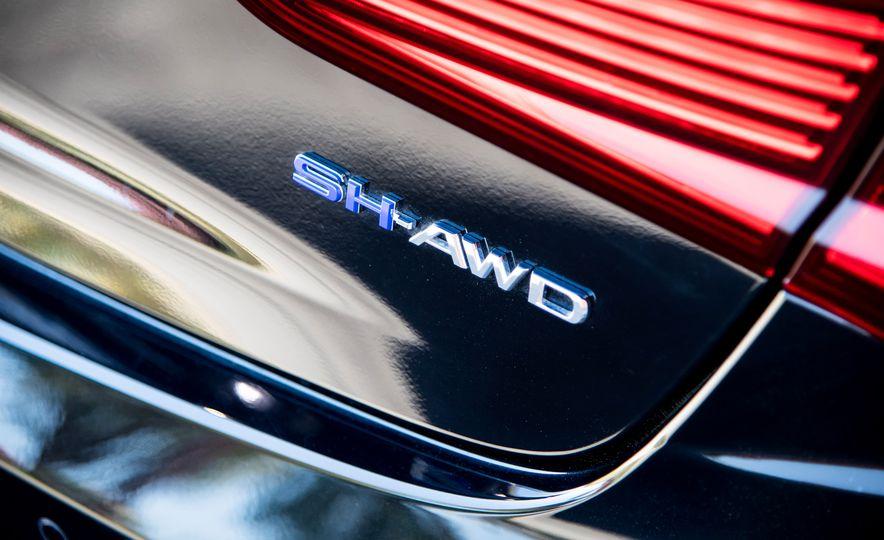 2018 Acura RLX Sport Hybrid SH-AWD - Slide 18