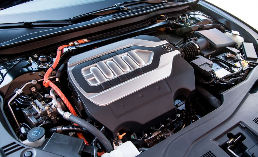 2018 Acura RLX Sport Hybrid SH-AWD - Slide 34