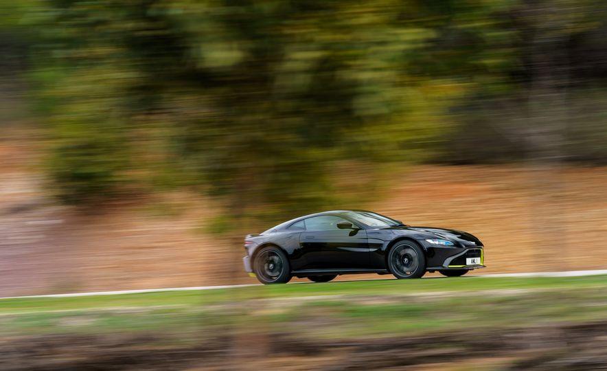 2019 Aston Martin Vantage - Slide 2