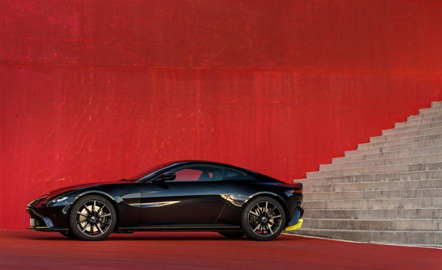 2019 Aston Martin Vantage - Slide 9