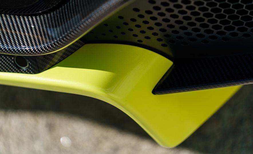 2019 Aston Martin Vantage - Slide 12