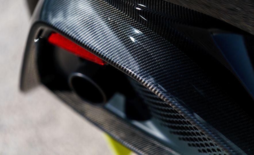 2019 Aston Martin Vantage - Slide 13
