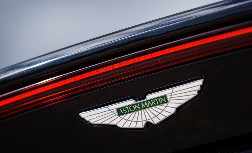 2019 Aston Martin Vantage - Slide 14