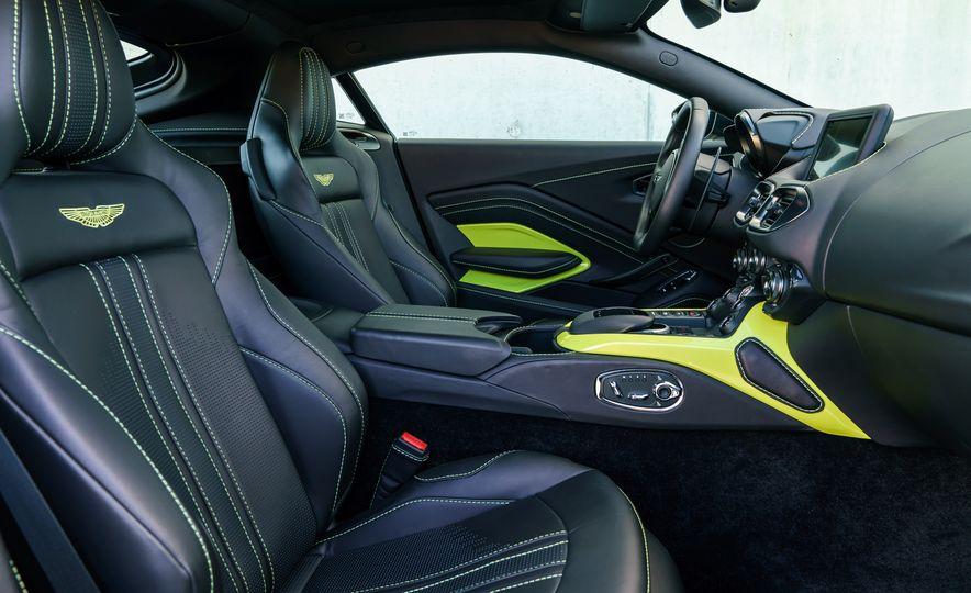 2019 Aston Martin Vantage - Slide 24