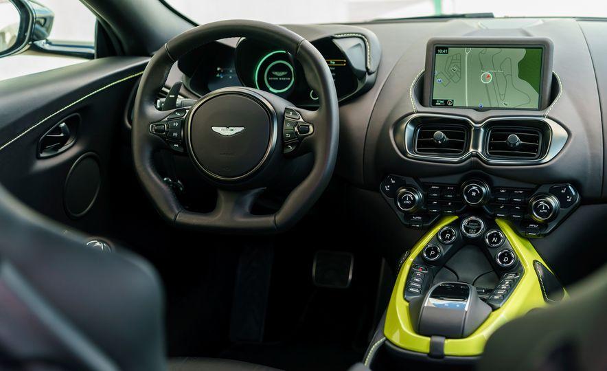 2019 Aston Martin Vantage - Slide 25