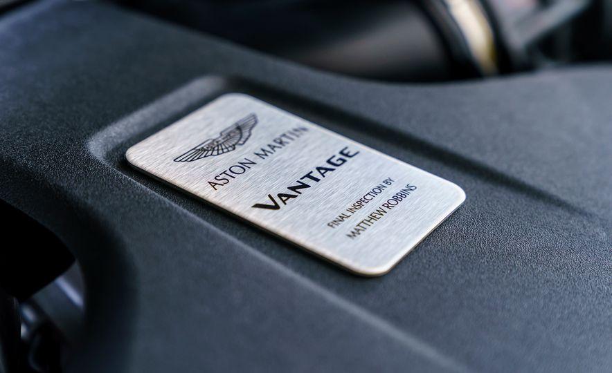 2019 Aston Martin Vantage - Slide 34
