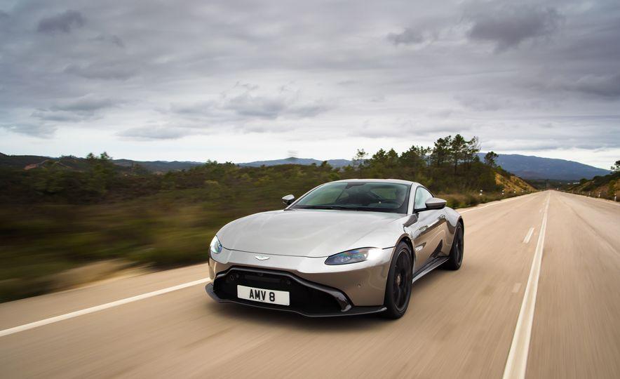 2019 Aston Martin Vantage - Slide 35