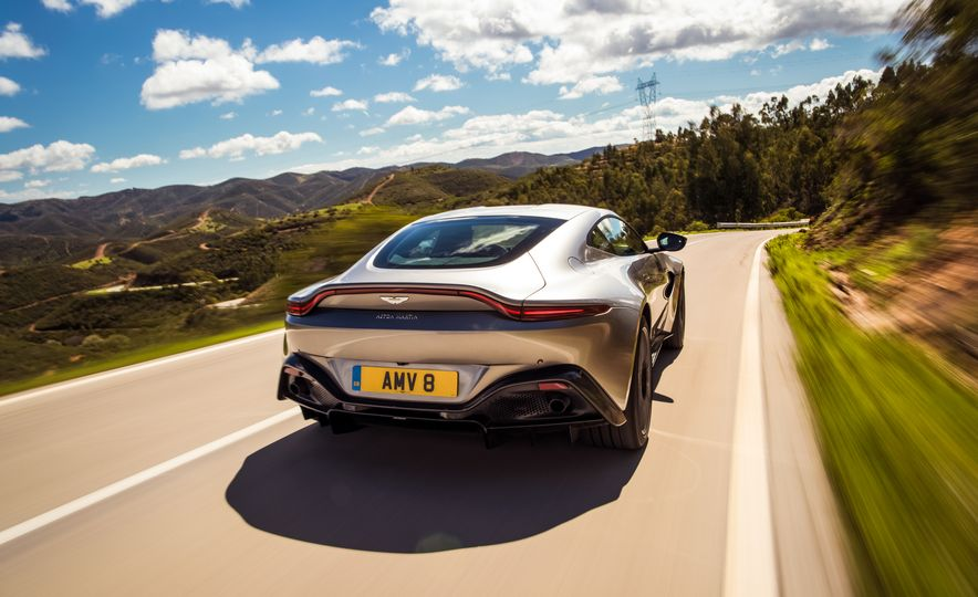 2019 Aston Martin Vantage - Slide 41