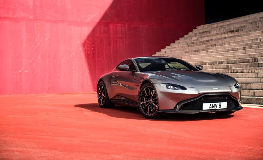 2019 Aston Martin Vantage - Slide 42
