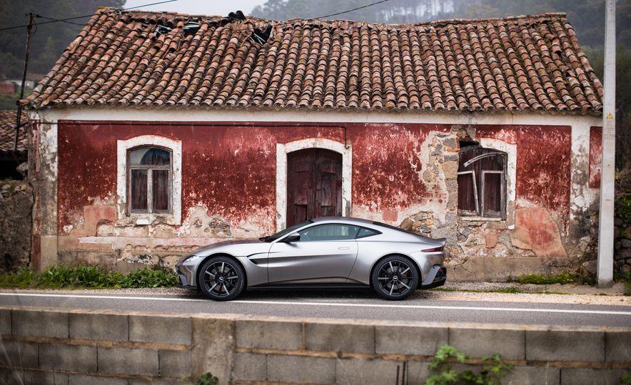 2019 Aston Martin Vantage - Slide 44