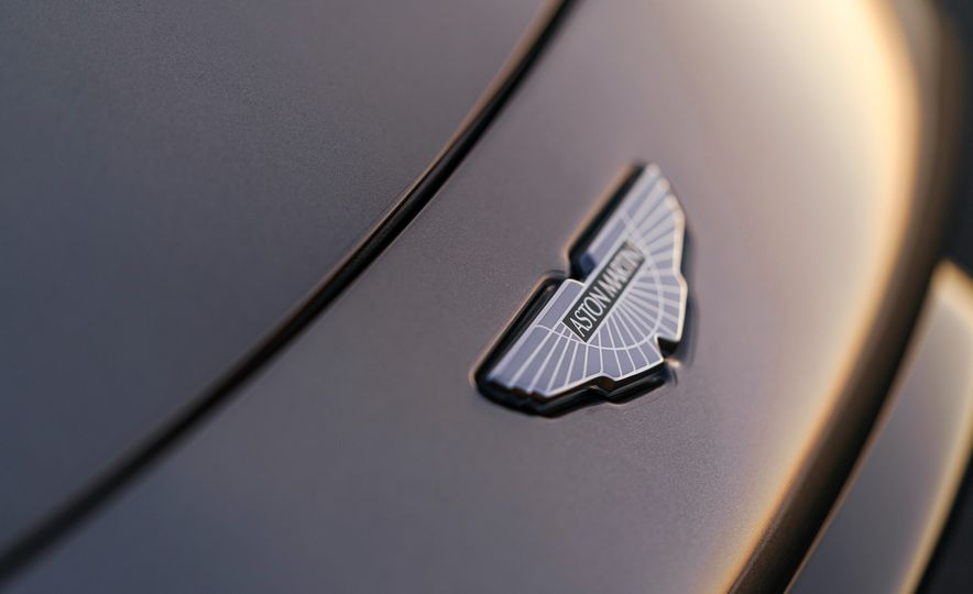 2019 Aston Martin Vantage - Slide 45