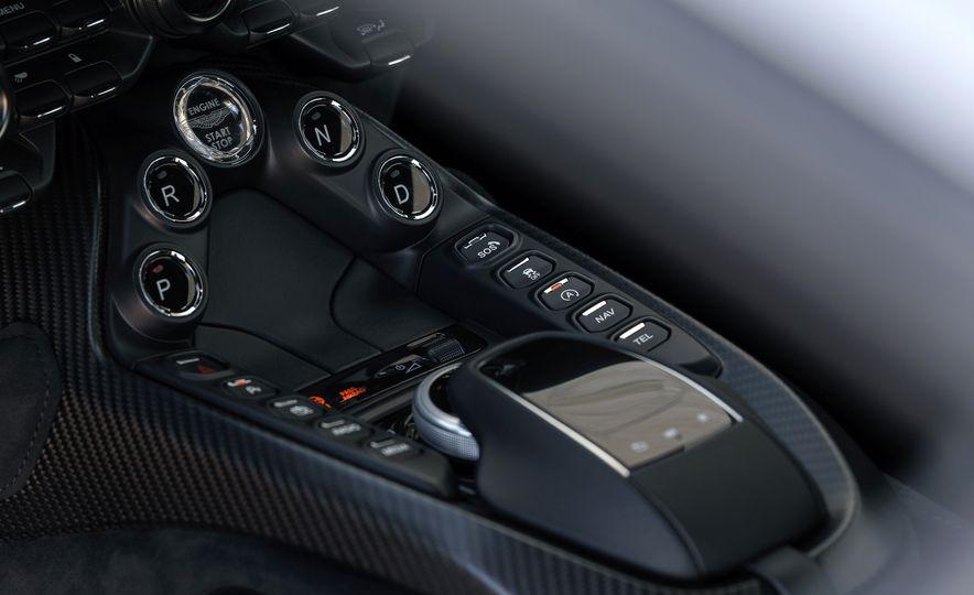 2019 Aston Martin Vantage - Slide 55