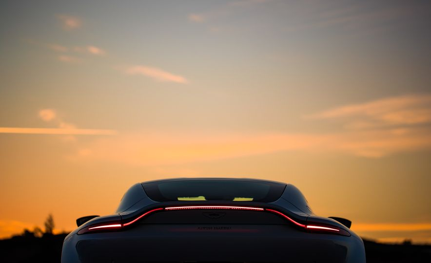 2019 Aston Martin Vantage - Slide 74